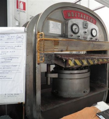 Presses, ironing & embossing - Mostardini - MP 6