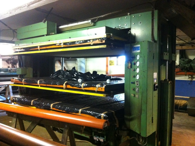 Vacuum Driers / Cooling Towers / Loaders - Finvac - F-3-T