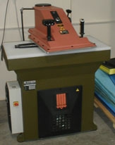 Clicking and cutting presses - Atom - SE 25