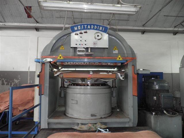 Presses, ironing & embossing - Mostardini - 1500 TONS